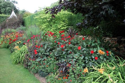 Hidcote Manor Garden by Dave Catchpole.jpg