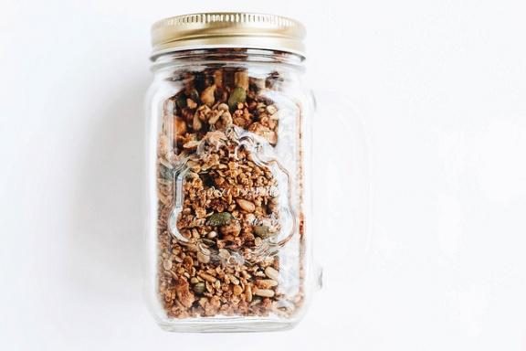 Homemade granola by Marco Verch.jpg